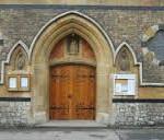 DVERE ZATVORENÉ-kostola-Our-Lady-of-La-Salette-150x150