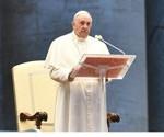 Homília pápeža pri Urbi et Orbi: Víťazné zbrane sú modlitba a tichá služba